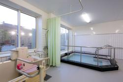 炭酸泉の大浴場